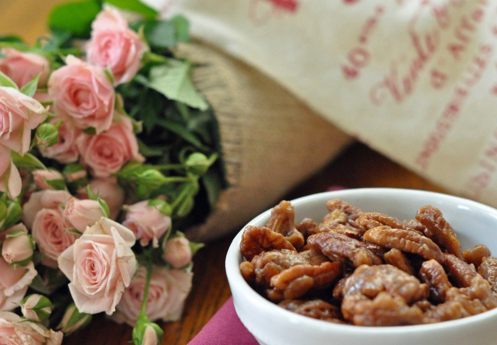 These Toffee Pecans are quick and easy to make (15 minutes) and they are completely addicting!!!