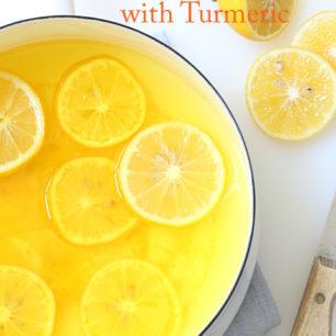 Pot with lemon drink
