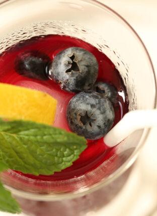 Antioxidant Rich Blueberry Green Tea