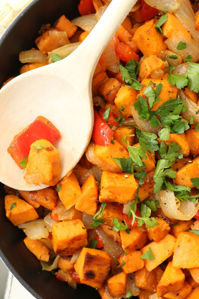 These Breakfast Sweet Potatoes are made with red bell pepper, garlic and onions