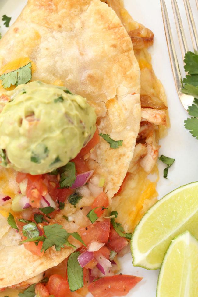quesadilla with guacamole - how to bake quesadillas