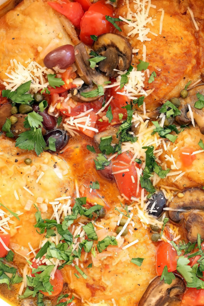 pan of Italian chicken with tomatoes