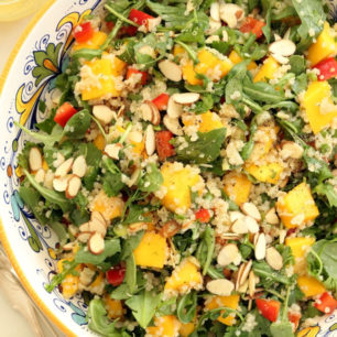 This Mango Arugula Quinoa Salad is a mix of quinoa, arugula and mango all tossed in a delicious citrus dressing