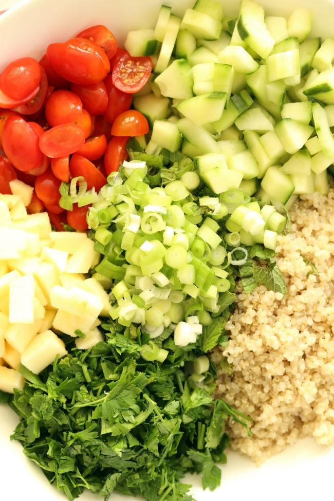 crunchy-quinoa-tabbouleh-salad