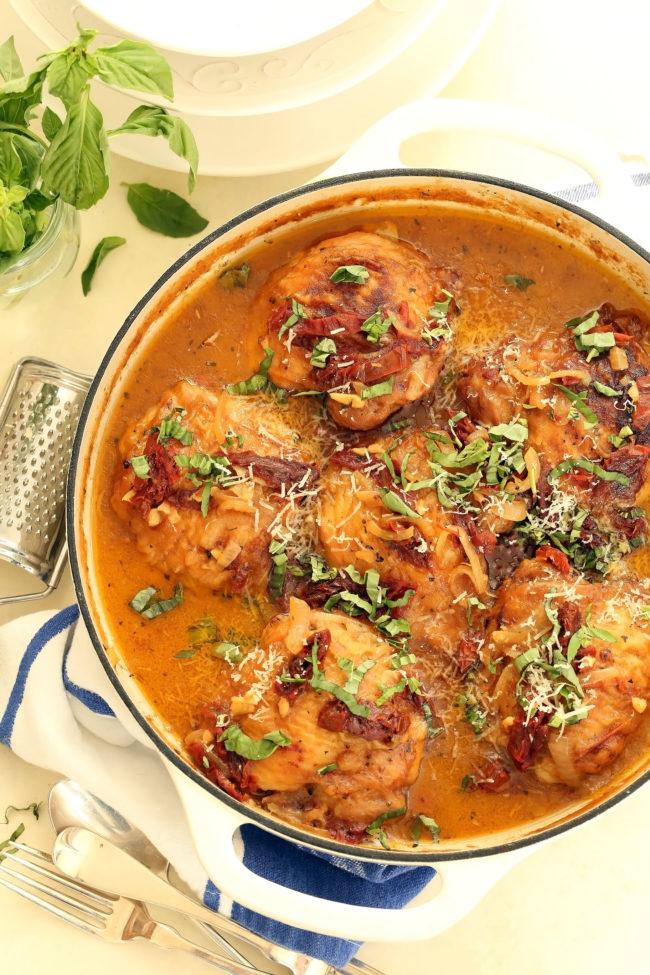 chicken-in-creamy-sun-dried-tomato-sauce