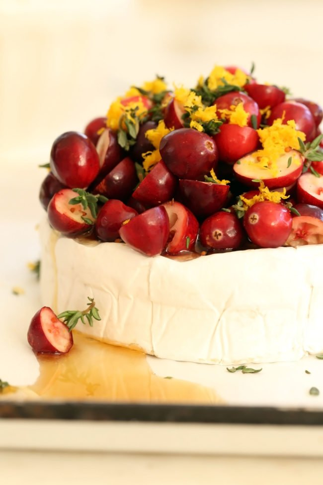 cranberry-baked-brie