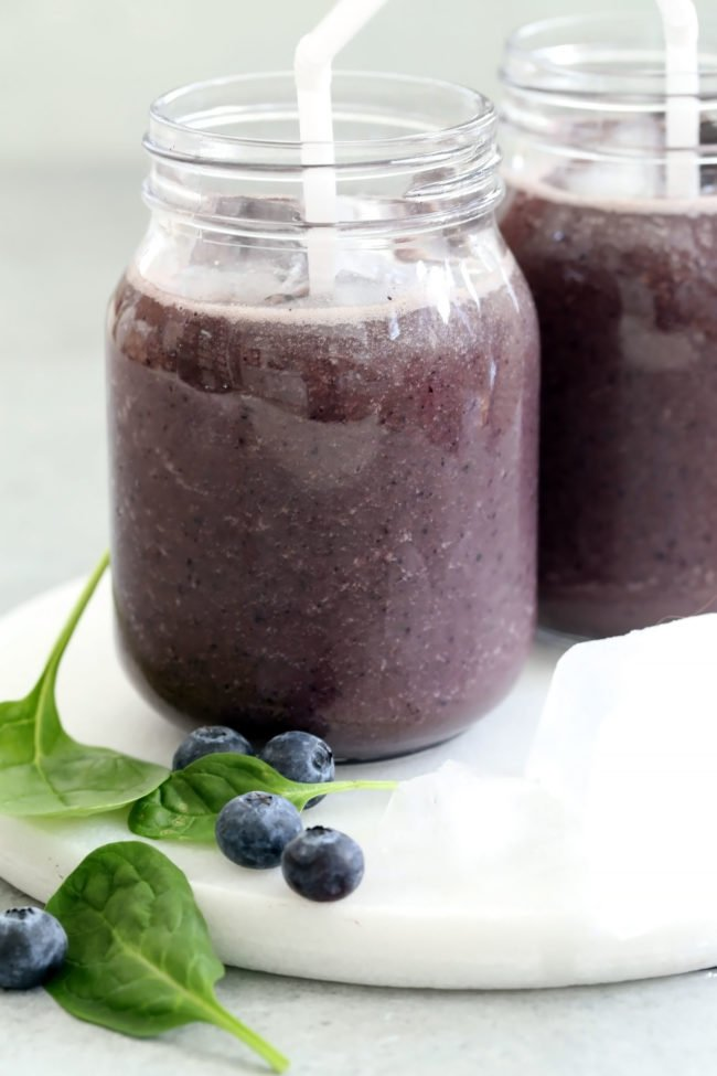 This Blueberry Spinach Smoothie is made with just 5 ingredients that are rich with vitamins and antioxidants and will leave you feeling full and satisfied