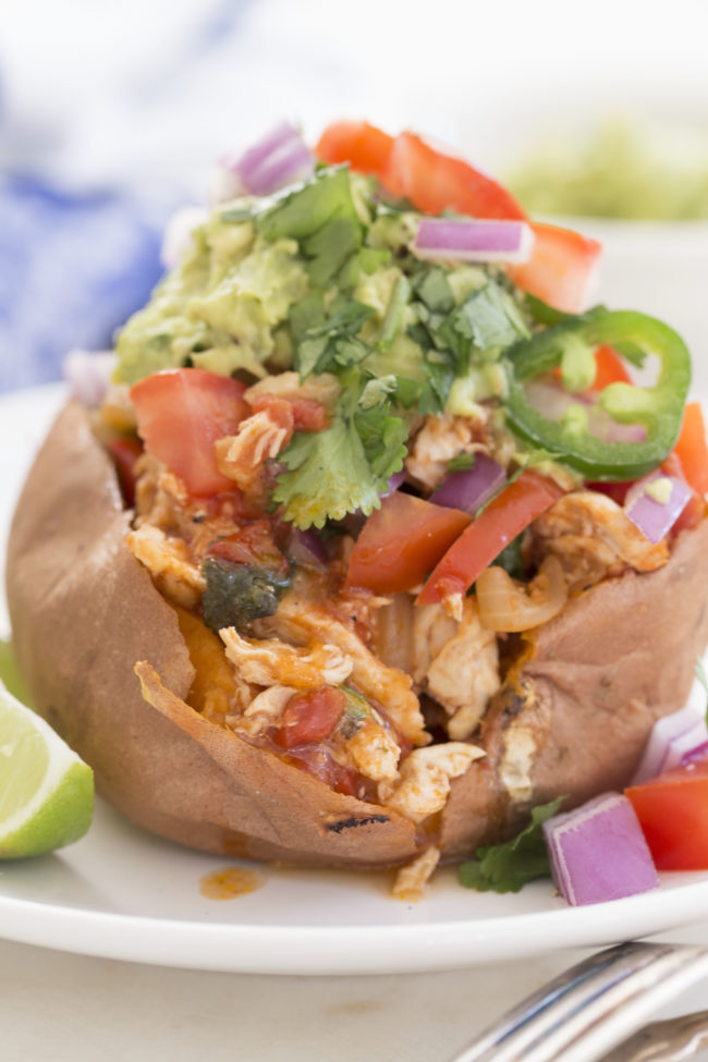 chicken-fajita-stuffed-sweet-potatoes