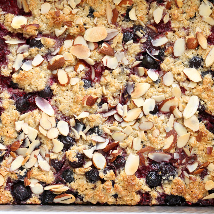 Healthy Berry Oatmeal Crumb Bars