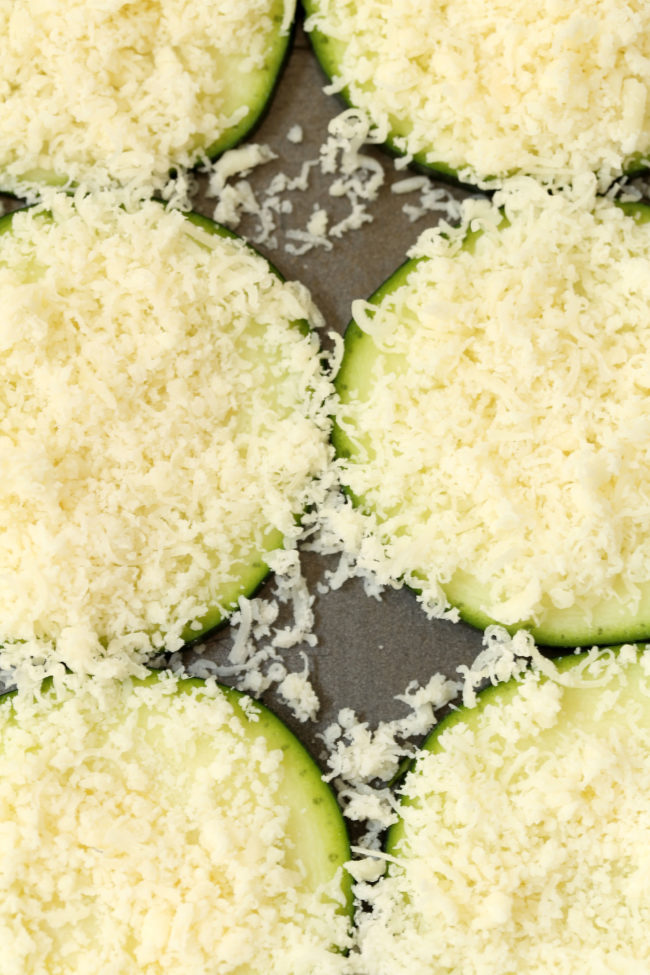 baked-parmesan-zucchini-rounds