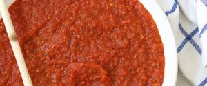 marinara-sauce-pan-distance