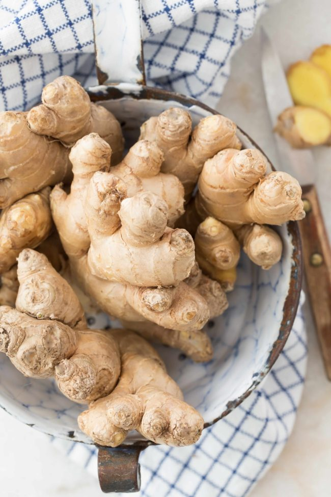 There are numerous Health Benefits of Ginger, such as ginger is rich with antioxidant and anti-inflammatory properties that are beneficial in the treatment of certain ailments and diseases