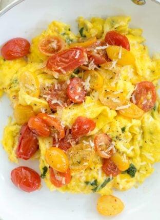 Tomato Basil Scrambled Eggs