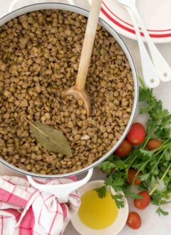 pot of cooked lentils