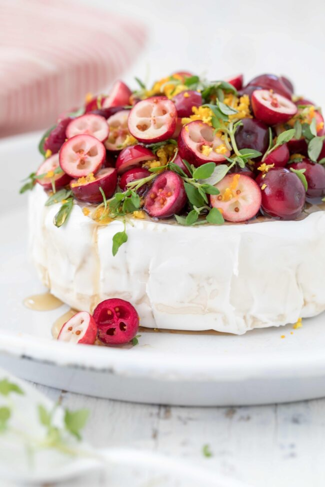 brie cheese with cranberries