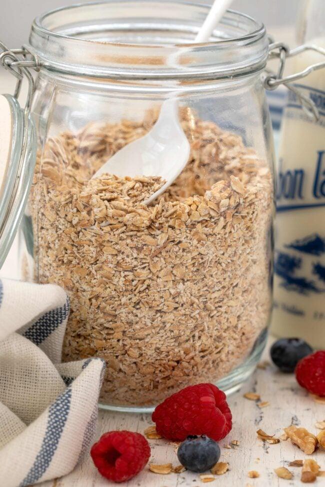 jar of rolled oats