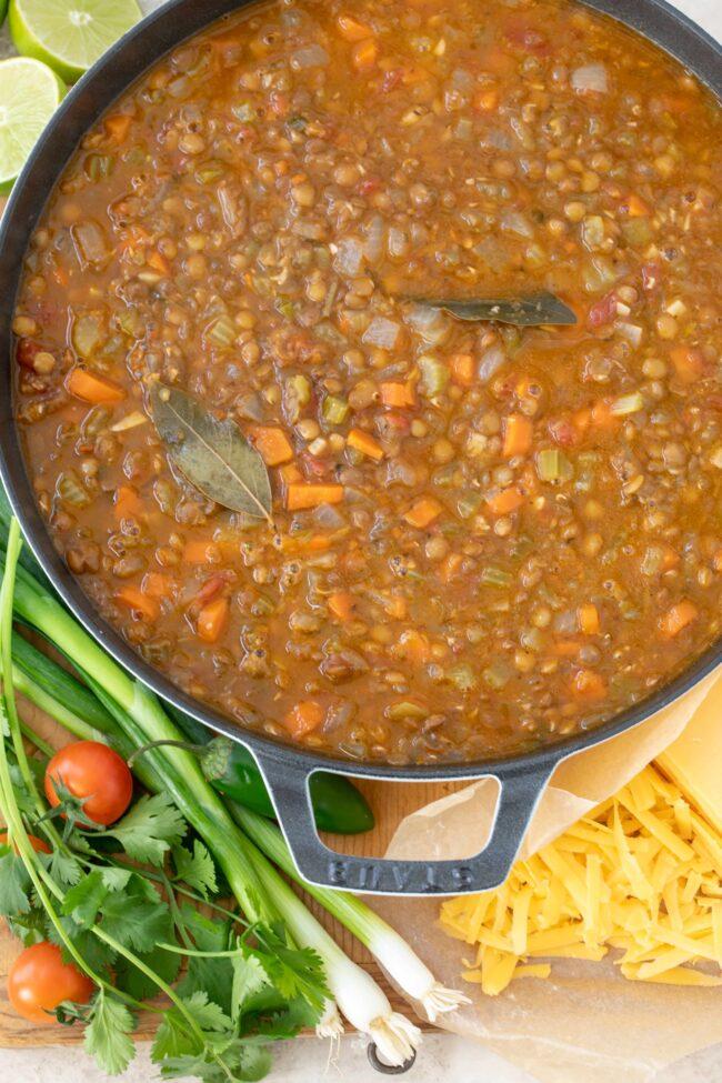 pot of sopa de lentejas