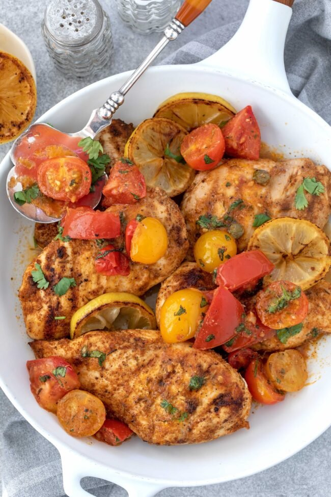 pan of cooked chicken - easy chicken dinner recipes